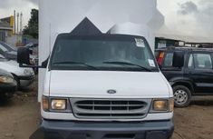 Foreign Used Ford E-350 2002 Model White
