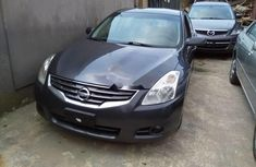 Foreign Used Nissan Altima 2010 Model Gray