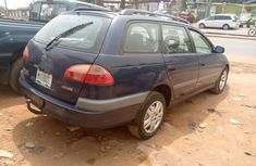 Locally Used 2000 Blue Toyota Avensis for sale in Lagos.