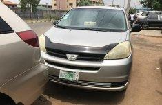 Nigeria Used Toyota Sienna 2005 Model Gray