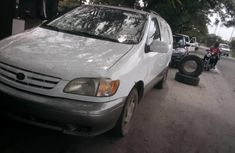 Foreign Used Toyota Sienna 2002 Model White