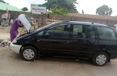 Nigeria Used Volkswagen Sharan 2000 Model Black