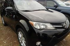 Very Clean Foreign used 2013 Toyota rav4