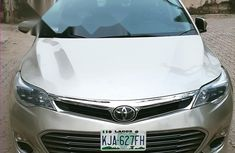 Fairly Used 2013 Toyota Avalon XLE Premium  for sale