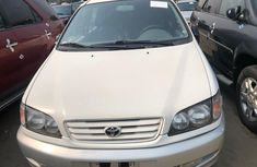 Foreign Used Toyota Picnic 2000 Model