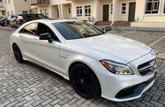 Foreign Used 2015 White Mercedes-Benz CLS for sale in Lagos.