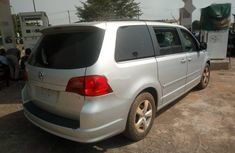 Foreign Used Volkswagen Routan 2009 Model Silver