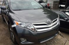 Foreign used 2010 Toyota Venza
