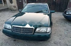 Foreign Used Mercedes-Benz C180 2003 Model Black