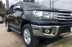 Super Clean Full Option Naija Used Toyota Hilux 2016 Model