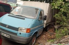 Foreign Used 2000 Blue Volkswagen Transporter for sale in Lagos