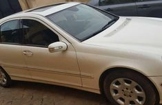 Naija Used 2005 White Mercedes-Benz C240 for sale in Oyo