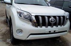 Foreign Used 2016 White Toyota Land Cruiser Prado for sale in Lagos.