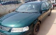 Foreign Used Volkswagen Passat 2000 Model Green