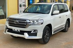 Hot Sale! Upgraded 2009 Land Cruiser Tokunbo For Sale.