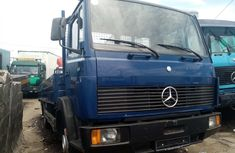 Foreign used 2001 foreign used Mercedes Benz 814 Bucket Truck