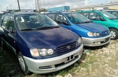Foreign Used Toyota Picnic 2000 Model Blue