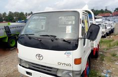 Foreign Used Manual Toyota Dyna 2000 Model