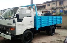 Very Clean Toks Toyota Dyna 2003 Model for Sale