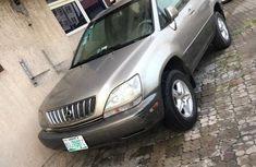 Well Maintained Crystal Clean Nigeria Used 2002 Lexus RX300