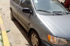 Locally Used 2002 Toyota Sienna for sale in Lagos.