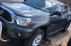 Extra clean and accident free  Toyota Tacoma Truck 2014 Model