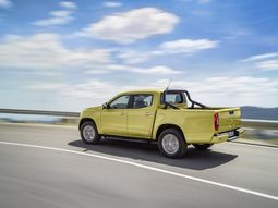 Mercedes needs Nissan to help produce X-Class pickup truck