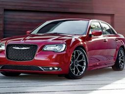Chrysler 300 won 2018 Edmunds' Most Wanted award