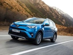 Top 5 most fuel-efficient Toyota cars in 2019