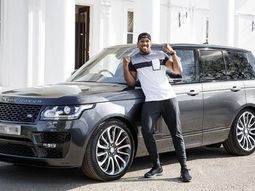 9 Nigerian celebrities acquired almost ₦1 billion cars in 2017