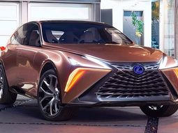 Behold the all-new autonomous Lexus LF-1 Limitless 2018 - an amazing car