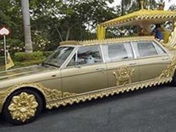 The world's largest car collection of more than 5000 cars worth N2.3 trillion