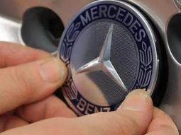 Geely acquires a 10% stake in Mercedes-Benz