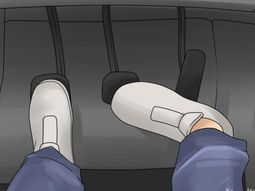 How to release the clutch pedal like legendary racer Vip Isada