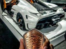The world's most expensive car key ever - Koenigsegg Regera's key