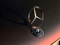 25 mind-blowing facts about Mercedes-Benz you may not know (Part 2)