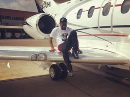 10 interesting facts about the new private jet Davido shares on Instagram