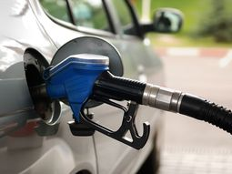 9 simple adjustments to save fuel money