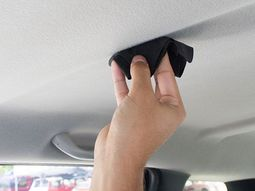 5 steps for a perfect car ceiling cleaning