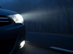 7 steps for DIY replacement of burnt-out headlight bulbs