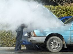 Driving without transmission fluid – What will happen?