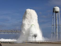 Breathtaking! NASA pours over 1.7million liters of water at about 100ft high onto rocket launch pads