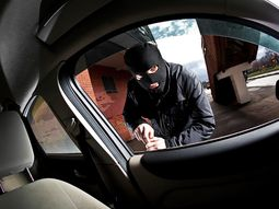 How to prevent car thieves from accessing your car