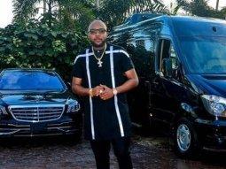 E-money shows off his Mercedes Benz S Class & Mercedes Benz Sprinter VIP Splinter