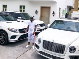 Popular Nigeria Musician, Davido, to Purchase Cars for Members of his Crew