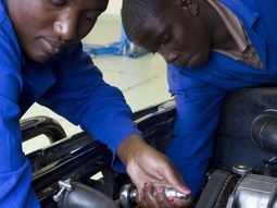 Why you should become an auto mechanic?