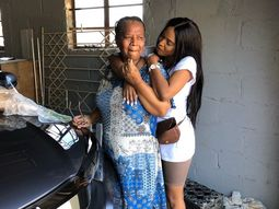 Happy 60th birthday! – Daughter surprises mum with a Honda SUV!
