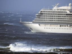 Cruise ship stranded off coast of Norway with 1300 passengers and crew