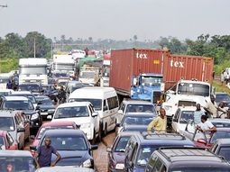 Lagos-Ibadan expressway gridlocks: the constant discomfort of motorists & commuters