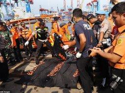 15 dead in car bomb explosion near Somali hotel